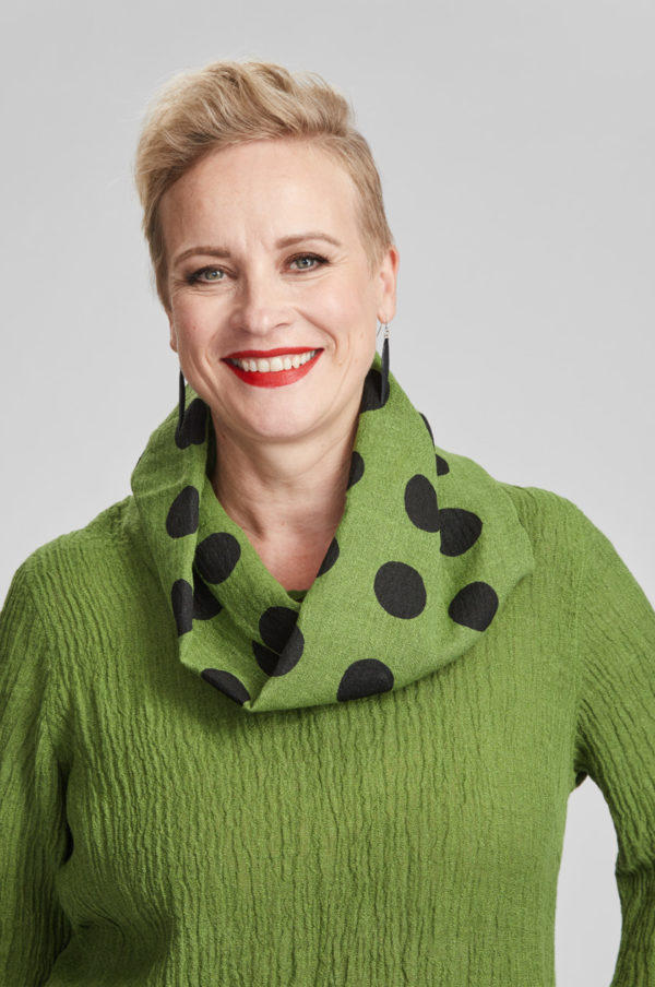 Tube scarf, spotted, green