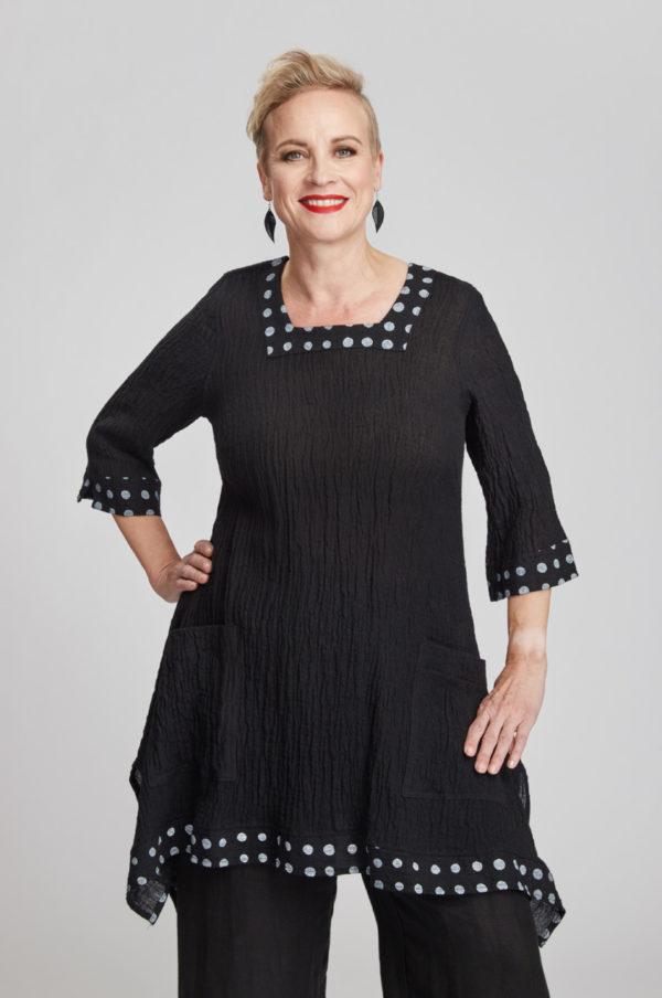 Saaga tunic, black/white
